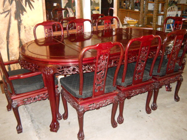 Stunning Carved Rosewood Dining Set Includes 8 Chairs U0026 Custom Table Mats.  Shown W/